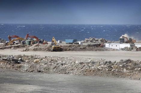 Obras del puerto de Granadilla, en Santa Cruz de Tenerife. | Greenpeace