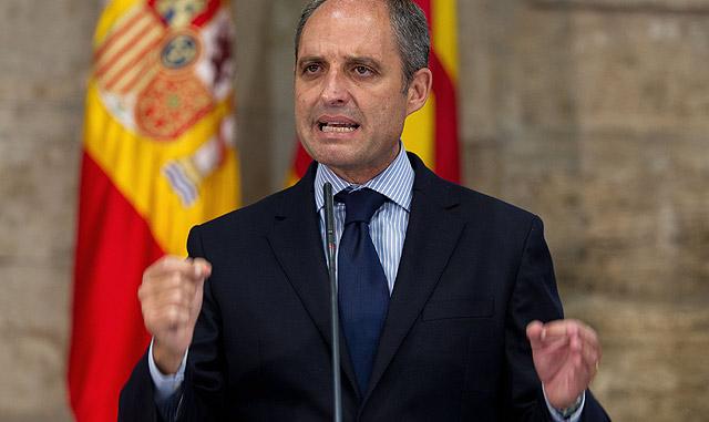 Francisco Camps, durante la comparecencia en la que ha anunciado su dimisión. | Benito Pajares