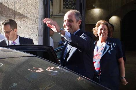 Camps abandona el Palau de la Generalitat tras anunciar su dimisión | Vicent Bosch
