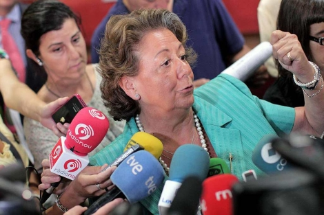 Rita Barberá en declaraciones a los medios este viernes | Efe