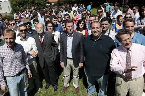 Feijóo, Fernández Albor, Conde Roa y Javier Dorado, en el acto en Bonaval.   Efe