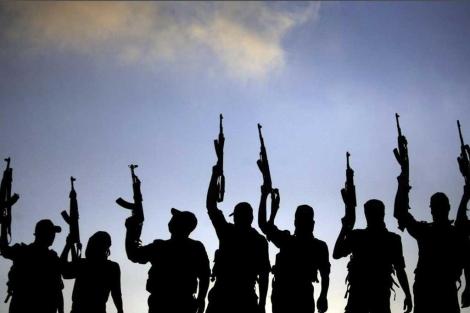 Milicianos de la Organización para la Liberación de Palestina al sur de Gaza.   Efe