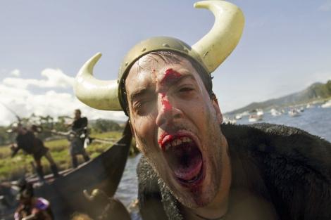 Los vikingos vuelven a desembarcar en Catoira. | Salvador Sas