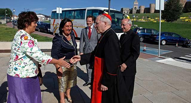 Rosario Saez, Lidia Jiménez, Rouco Varela y García Burillo. | Ricardo Muñoz