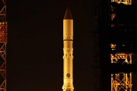 El satélite ruso Express -AM4 en su despegue desde el cosmódromo de Baikonur.| AFP