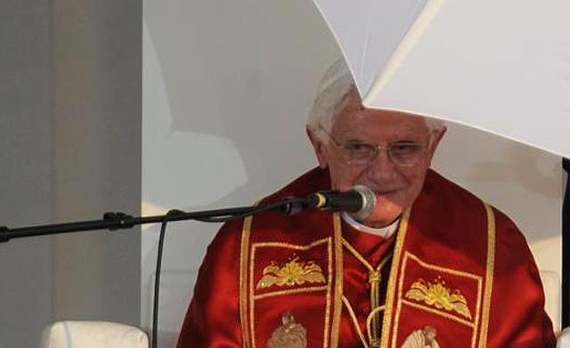 Benedicto XVI durante el discurso. | Afp