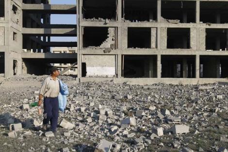 Un edificio de Gaza en construcción, uno de los objetivos israelíes. | Afp