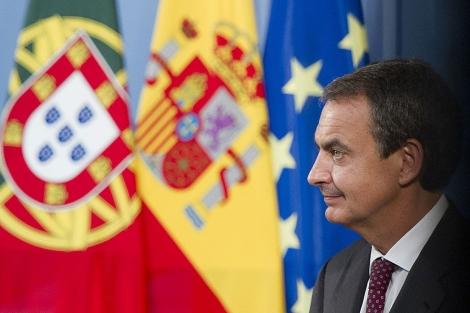 Zapatero, durante una rueda de prensa con el primer ministro portugués. | Gonzalo Arroyo