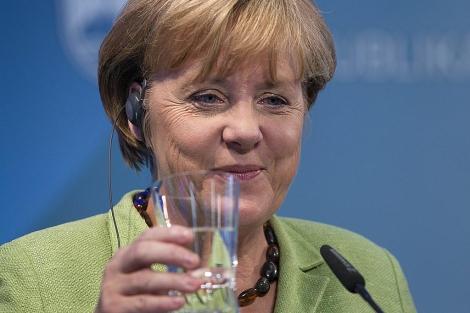 La canciller Angela Merkel. | AP