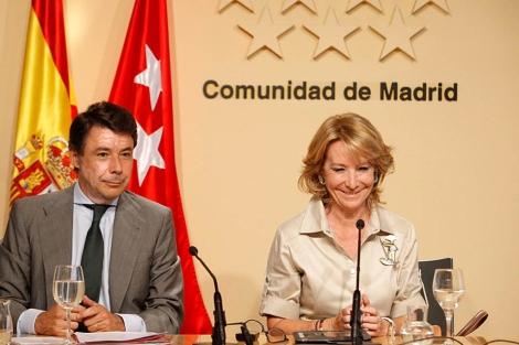 Esperanza Aguirre e Ignacio González, en rueda de prensa. (C. de Madrid)