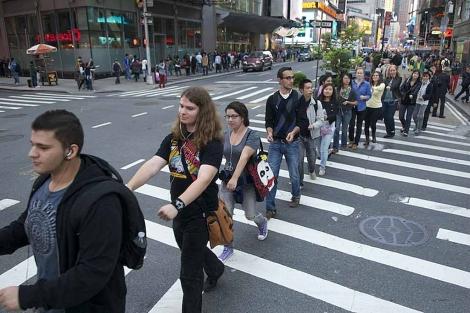 Una de las 'misiones' convocadas por el colectivo neoyorquino. | Improve Everywhere