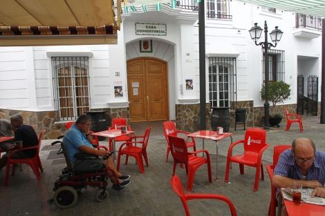 Vista del Ayuntamiento de Moclinejo. | Antonio Pastor