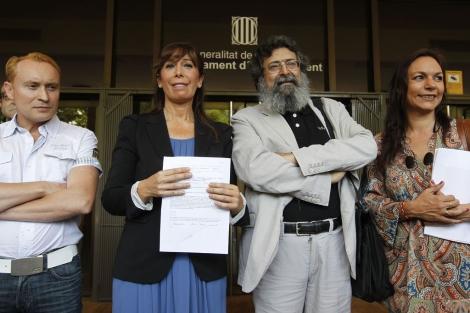 Alicia Sánchez Camacho (PP)reclamó el sistema bilingüe junto a Francisco Caja .   D. Umbert