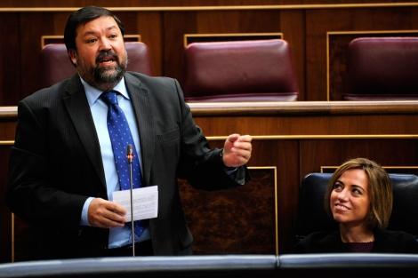 Los ministros Caamaño y Chacón avalan el actual modelo educativo catalán.   Bernardo Díaz
