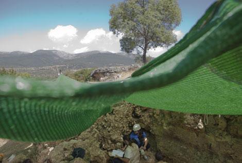 Excavaciones en el yacimiento de Pinilla del Valle. | A. Heredia