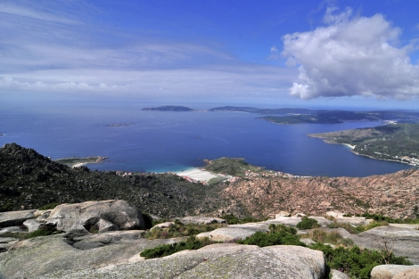 Panorámica desde lo alto del monte Pindo.   Soledad Felloza
