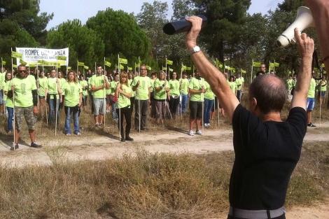 Momento de la manifestación en Tordesillas contra el Toro de la Vega. | S. G. del Campo