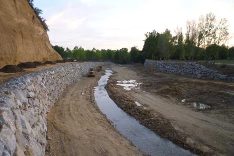 Aspecto actual del río Torío, en León. | AEMS Ríos con Vida