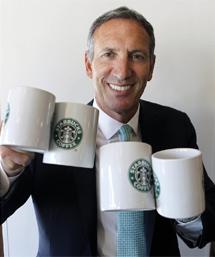 El jefe de Starbucks, Howard Schultz.   Sergio González