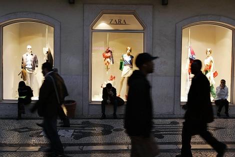 Fachada de una tienda de Zara en Lisboa, Portugal. | Paulo Amorim