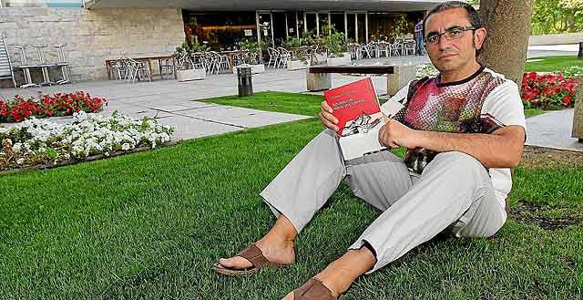 El escritor leonés y residente en Valladolid José Manuel de la Huerga. | J. M. Lostau