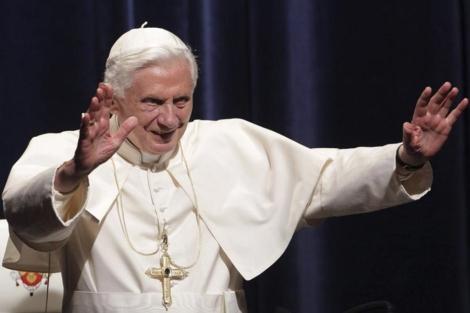 El Papa Benedicto XVI durante su último discurso en la visita a Alemania.   Efe