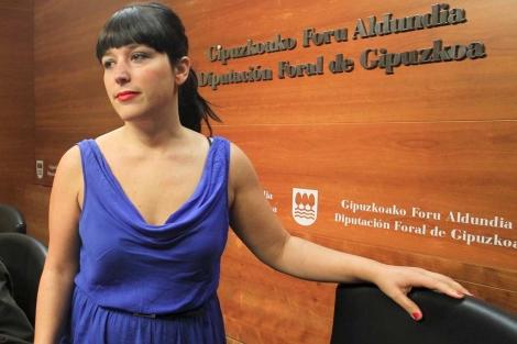 Larraitz Ugarte, antes de ofrecer las explicaciones en la Diputación guipuzcoana. | Efe