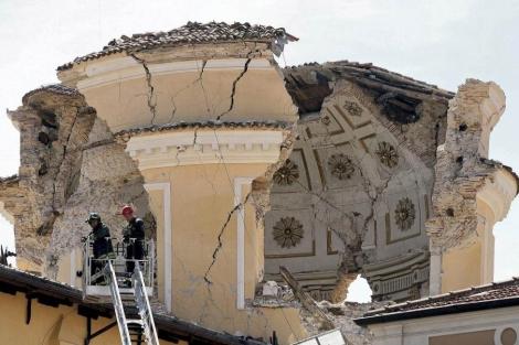 La cúpula de la catredal de L'Aquila destruida |A.G.