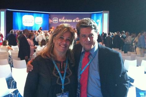 Macarena Montesinos y Federico Trillo en la convención de Málaga. | PPCV