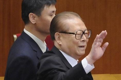 El presidente chino Jiang Zemin este domingo en Pekín.  Reuters