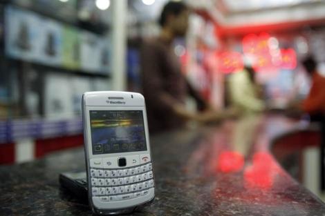 Imagen de archivo de un dispositivo Blackberry. | AP