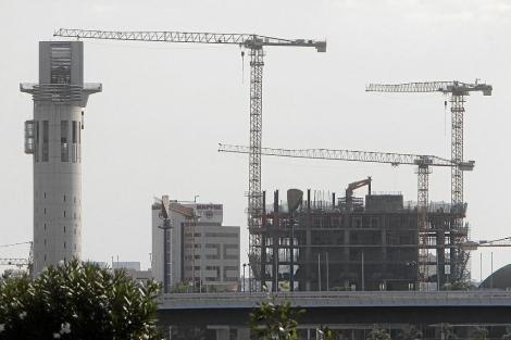 Edificio de viviendas en construcción. | ELMUNDO.es