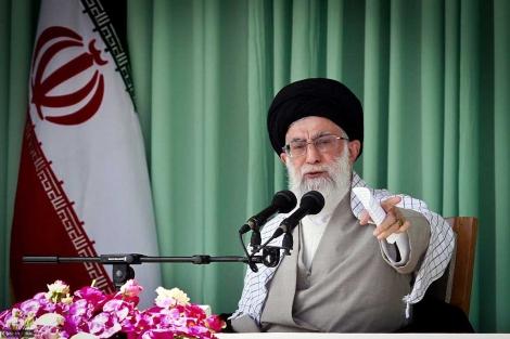 El líder supremo de Irán, el ayatolá Ali Jamenei, en Teherán.   Afp