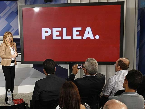 Elena Valenciano, durante la presentación de la campaña.   PSOE