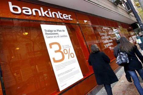 Fachada de una sucursal de Bankinter en Madrid. | Alberto Di Lolli