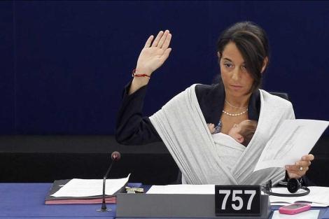Imagen de archivo de la italiana Ronzulli, en el PE.  Efe