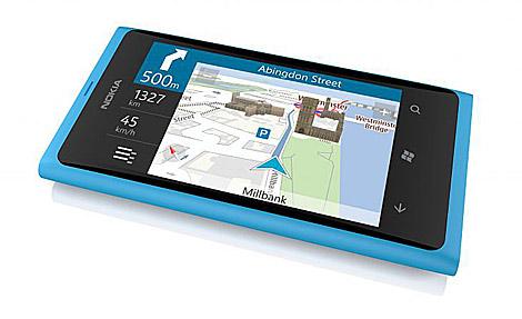 El Nokia Lumia 800.