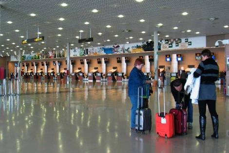 El aeropuerto de Reus, prácticamente vacío.   J. Antonio