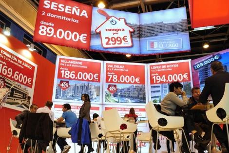 'Stand' de Altamira con la promoción de Seseña anunciada en lo más alto. | Bernardo Díaz