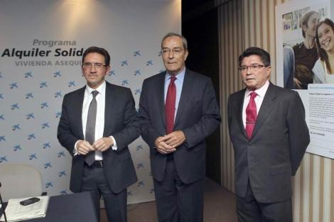 De izqda. a dcha: Jaume Giró, Jaume Lanaspa y Jaume Cabré, en la presentación. | Efe