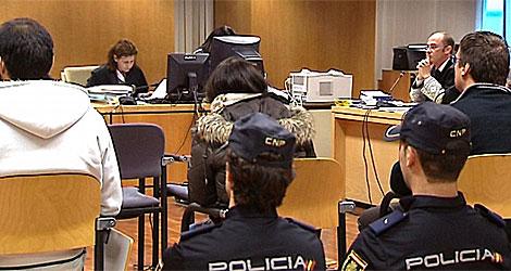 Un momento de la primera sesión del juicio celebrado este martes. (Foto: Efe)