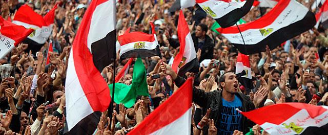 Miles de manifestantes, este viernes en Tahrir. | AFP