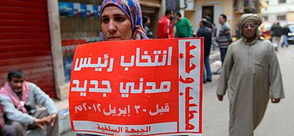 'Una demanda: elegir un nuevo presidente antes del 30 de abril de 2012'. | AFP