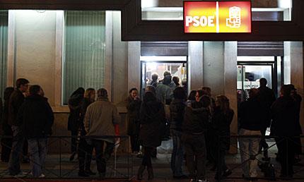 Entrada de la sede socialista, en Ferraz. | Javier Barbancho