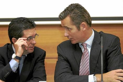 Matas y Urdangarin, durante la presentación del encuentro 'lles Balears Fòrum'.| M. Díez / Efe