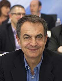 Zapatero, antes de su intervención.| AFP