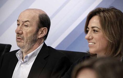 Rubalcaba y Carme Chacón, en el Comité Federal.    Alberto Di Lolli