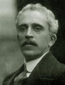 Manuel Portela Valladares.