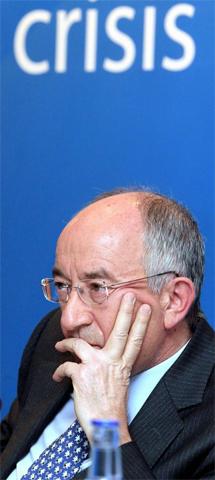 Miguel Ángel Fernández Ordóñez, gobernador del Banco de España. | Efe