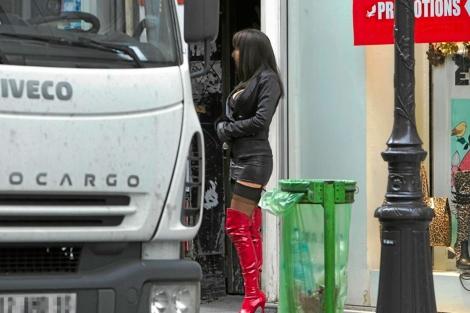 Una prostituta en una calle de París.